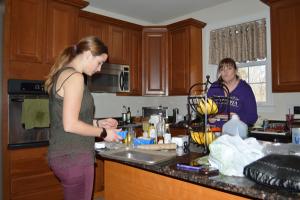 Garazi (left) and Debby (right) preparing tapas.